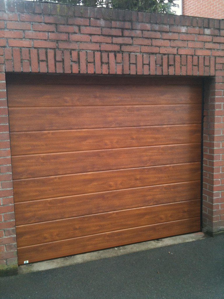 Porte de garage automatisme basculante sectionnelle enroulable - Automatisme porte de garage basculante ...